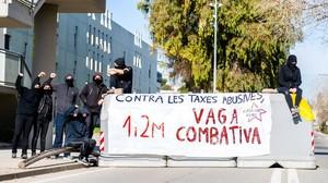 Els rectors avalen la vaga d'estudiants per exigir la baixada de taxes universitàries