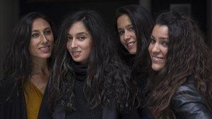 De izquierda a derecha Marta Robles (guitarra flamenca), Begoña Salazar (voz), Roser Loscos (violín), Alicia Grillo (guitarra flamenca).