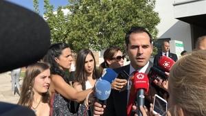 Ignacio Aguado ante la prensa.