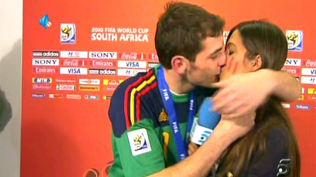 Iker-Sara y Shakira-Piqué, flechazos con final feliz
