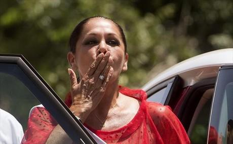 Isabel Pantoja, a la salida de la prisión, para pasar un permiso de cuatro días, el pasado noviembre.