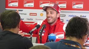 El italiano Andrea Dovizioso (Ducati), durante la conferencia de prensa de ayer en Le Mans (Francia).
