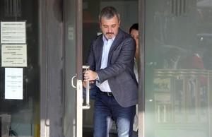 Jaume Collboni, al sortir dels jutjats de Sabadell, després de declarar com a imputat en el cas Mercuri.