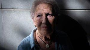Pilar Recha no sufre por ella, sino por losenfermos y por los muertos.