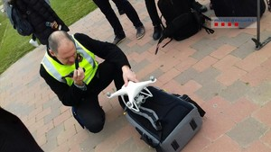 Los Mossos decomisan un dron que volaba sin autorización sobre el MWC.