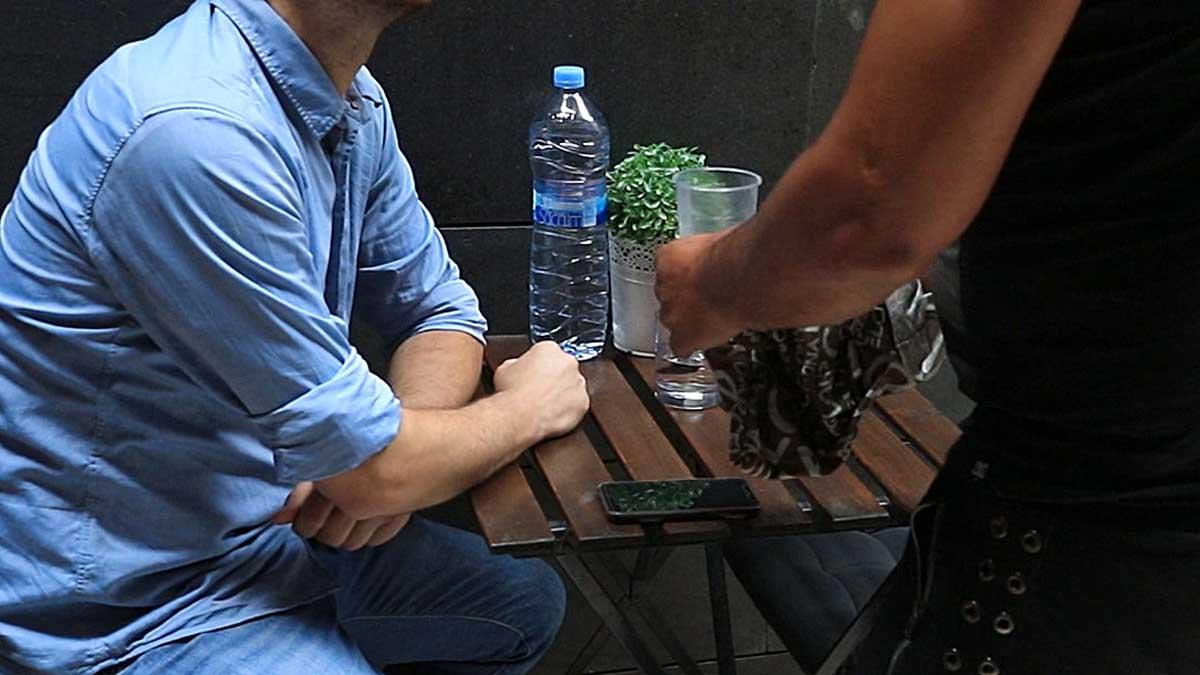 Los trucos de los carteristas de Barcelona