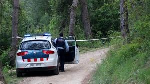 Localización del coche donde apareció el cuerpo calcinado del agente de la Guardia Urbana, cerca del pantanode Foix.