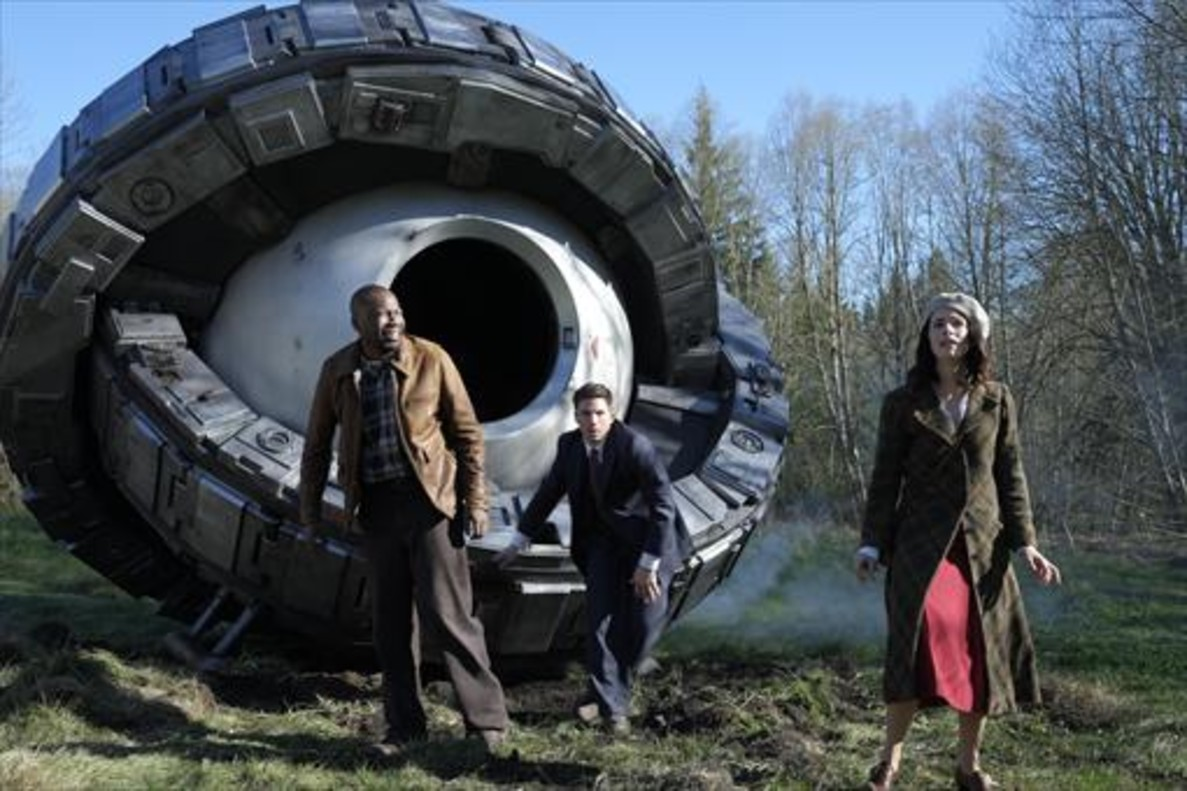Malcolm Barrett, Matt Lanter y Abigail Spencer son el trío protagonista de Timeless.