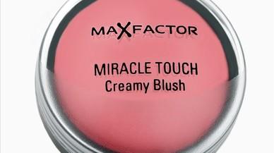 Maquillaje natural para los días más calurosos con Max Factor