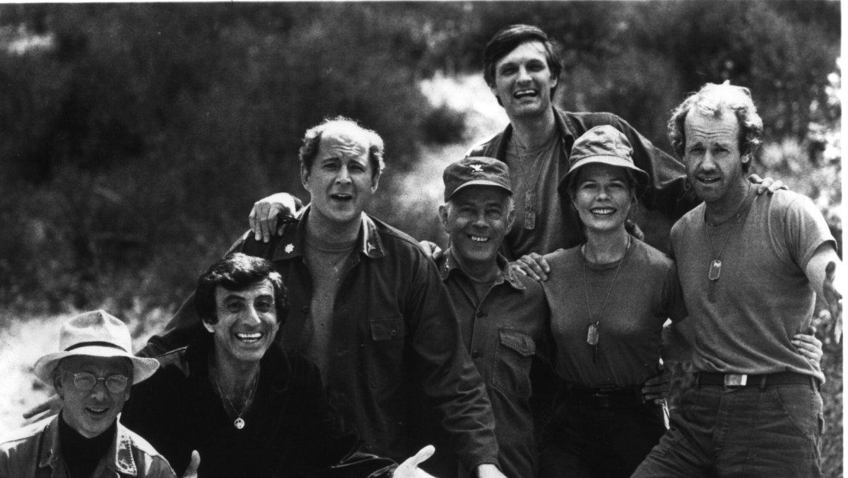 Los protagonistas de la histórica telecomedia 'MASH'.