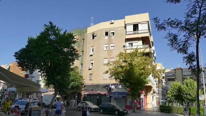 Un matrimonio fallece en el incendio de una vivienda en Sevilla.