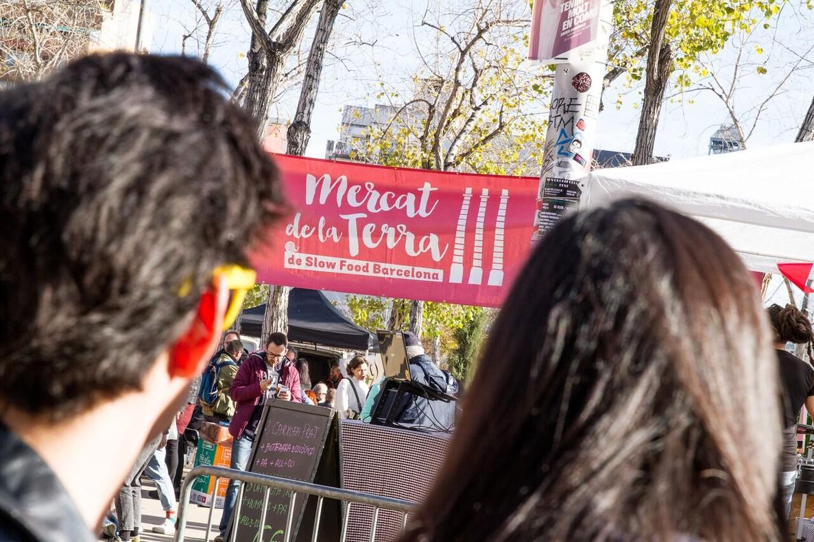 El Mercat de la Terra se celebra cada martes en el barrio dePoble Sec.