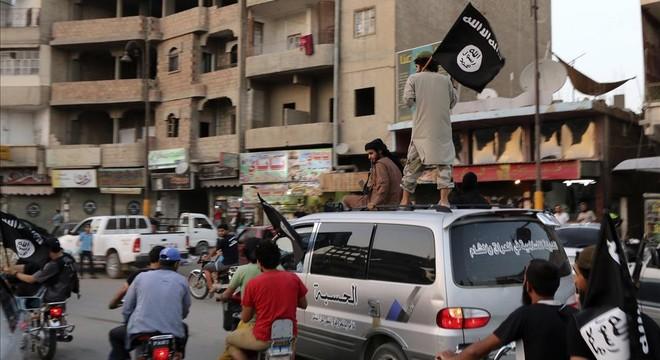 El Estado Islámico comete atrocidades con armas de Rusia, EEUU y miembros de la UE