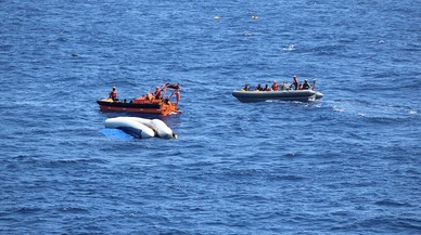 Italia autoriza ahora el desembarco de 41 inmigranes de un barco de la Marina de EEUU