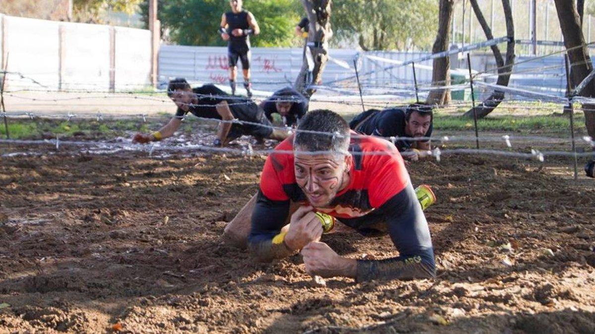 Un participante de la prueba Maori Race en plena competición.