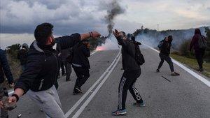 Protestas en Lesbos contra la construcción de un campo de refugiados