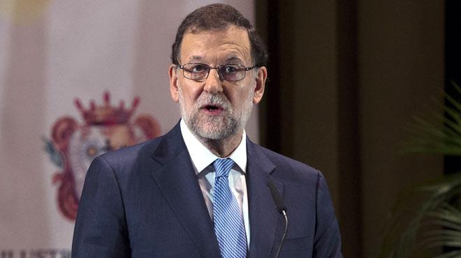 Rajoy facilita la abstención del PSOE