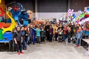Representantes de los artistas y de las entidades participantes en la cabalgata de Sant Boi de Llobregat.