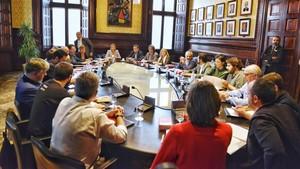 Reunión de la Mesa del Parlament con la Junta de Portavoces.