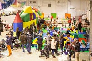 Terrassa acull una nova edició del 'Saló Juguem+' amb activitats destinades al públic familiar