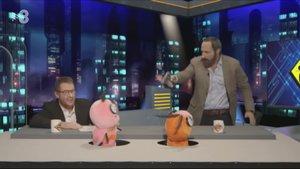 Santiago Abascal y Pablo Motos, en su versión 'polaca'.