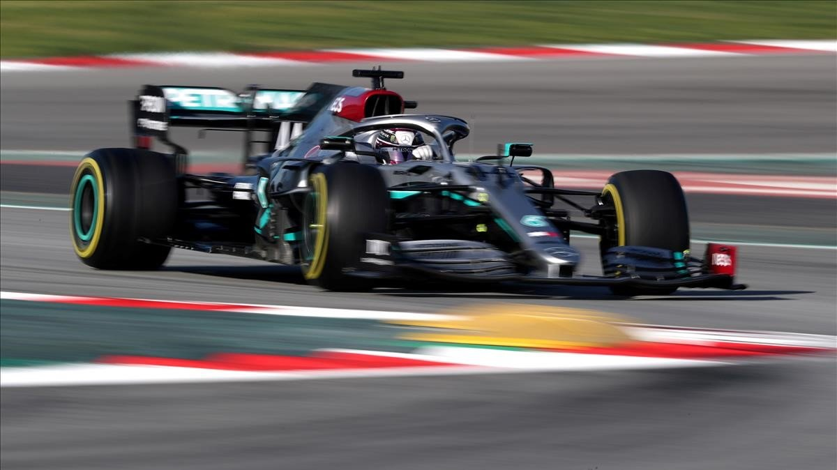 Lewis Hamilton, en el Circuit de Catalunya, en febrero, antes de la pandemia.