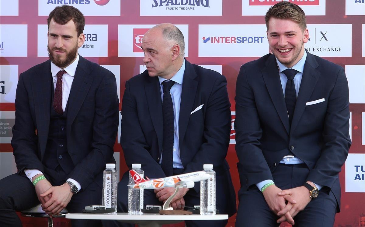 Sergio Rodríguez, Pablo Laso y Luka Doncic, en la rueda de prensa oficial de la final four en Belgrado
