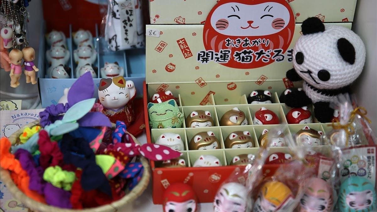 Pika Pika Shop BCN vende objetos inspirados en la cultura pop japonesa.