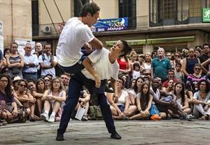 Joan Català y Roser Tutusaus interpretan Menar en FiraTàrrega.