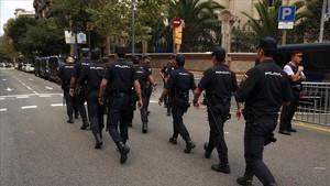 Els policies i guàrdies civils desplegats a Catalunya se n'aniran abans de final d'any