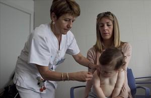 Las enfermeras prescribirán las vacunas tras el verano