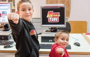 Los hermanos Mikel y Leo, del canal de Youtube Mikeltube, en una foto de archivo.
