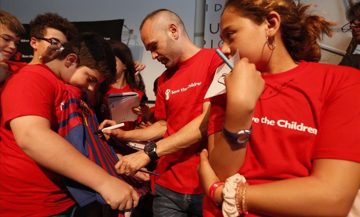 Iniesta, gol al 'bullying'