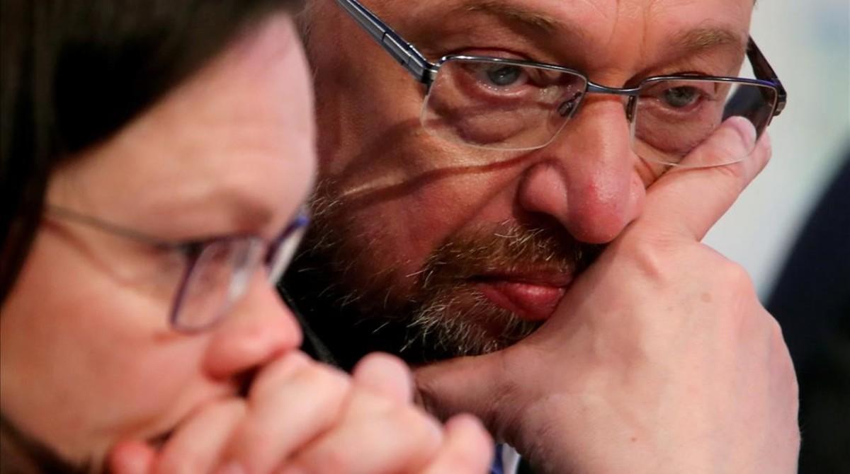 El líder del SPD, Martin Schulz, con la líder parlamentaria del partido, Andrea Nahles.
