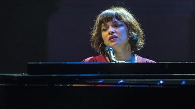 Norah Jones, en discreto movimiento