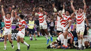 La alegría de los japoneses se desbordó tras la victoria sobre Escocia.