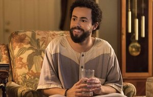 Ramy Youssef: «Tant de bo la meva sèrie canviï la imatge del musulmà»