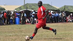 zentauroepp41693492 topshot liberia s president elect and former football star180125134209