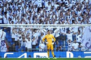 El portero belga del MadridThibaut Courtois durante un partido con el Real Madrid.