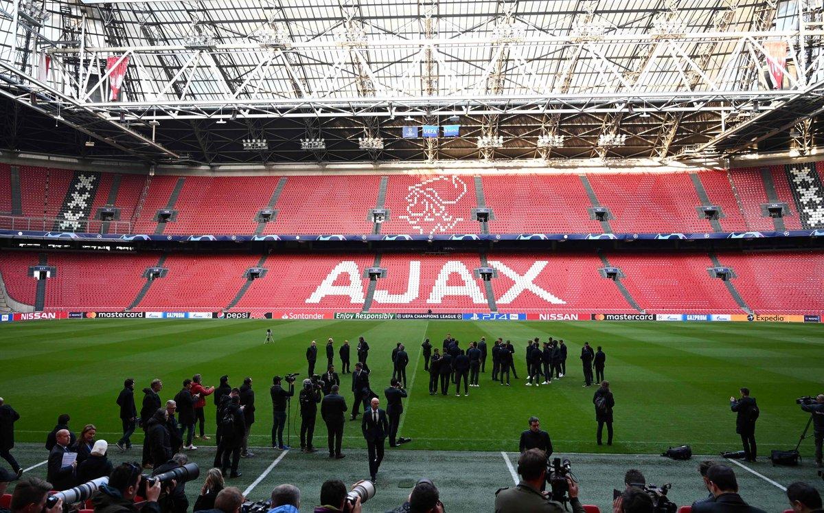 Los jugadores del Ajax, en el Johan Cruyff Arena de Ámsterdam.
