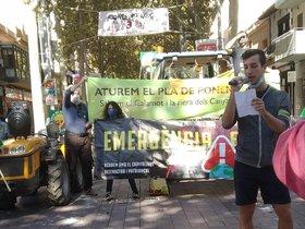 Un momento de la manifestación de este sábado en Gavà contra el 'Pla de Ponent'.