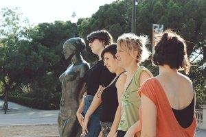 La compañía Les Desvestides cuestiona los modelos clásicosfemeninos.