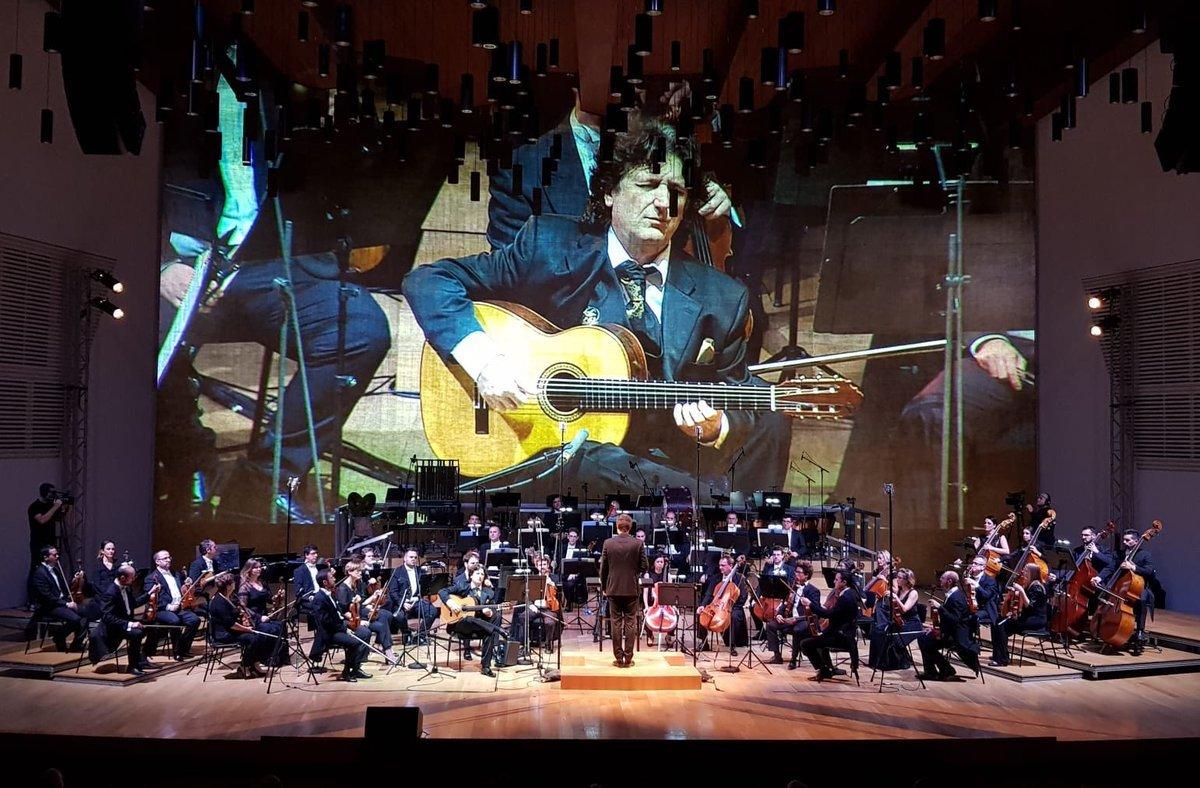 Concierto de Juan Manuel Cañizares con laOrquesta Sinfónica de la Región de Murcia.