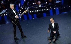 El director artístico del Festival de Sanremo, Claudio Baglioni (izquierda), y el actor Rocco Papaleo.