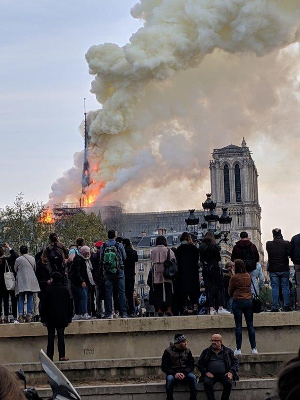 Incendio en Notre Dame.