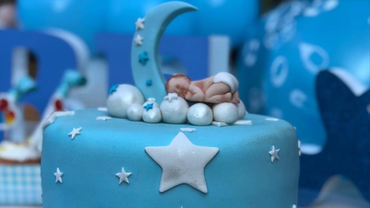Detalle del pastel de la 'baby shower' de Eva González y Cayetano Rivera.