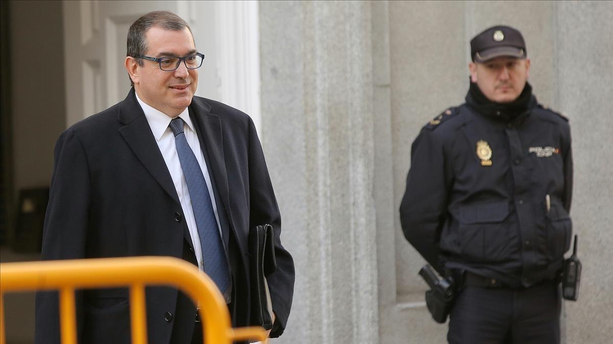 El exconseller Jordi Jané, este martes, a su llegada al Tribunal Supremo para declarar como testigo.