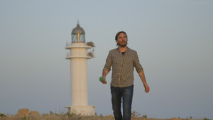 Quim Masferrer, en el faro de Barvaria, en Formentera, en un especial de 'El foraster'.