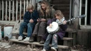 Un fotograma de la película 'Winter's bone' basado en la novela de Daniel Woodrell.
