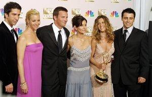 Jennifer Aniston, Courteney Cox, Lisa Kudrow, Matt LeBlanc, Matthew Perry y David Schwimmer, que protagonizaron el aclamado show por 10 temporadas.